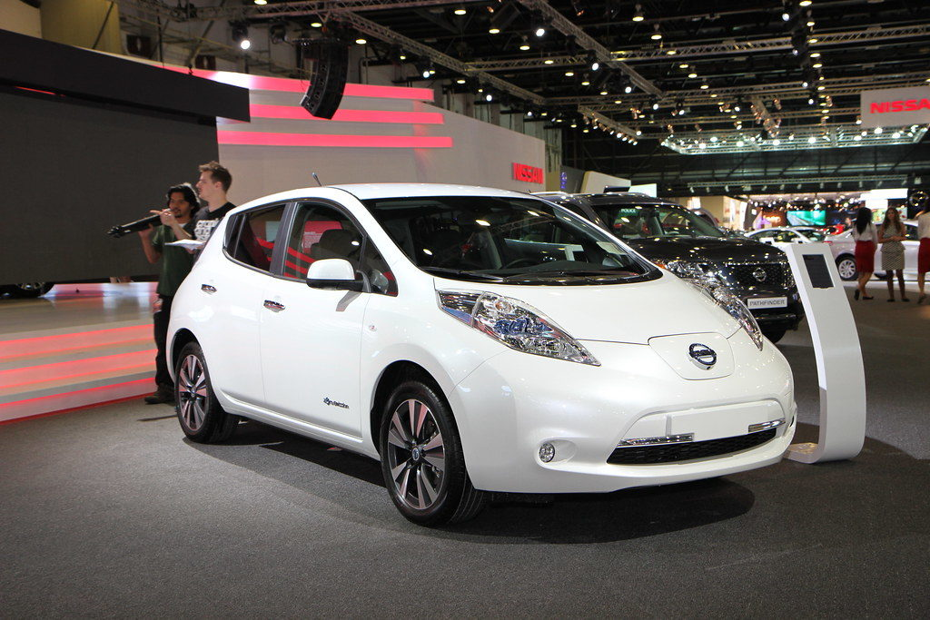 Nissan leaf all electric car