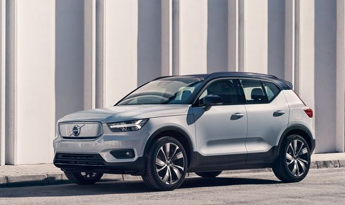 all electric XC 40 Recharge SUV