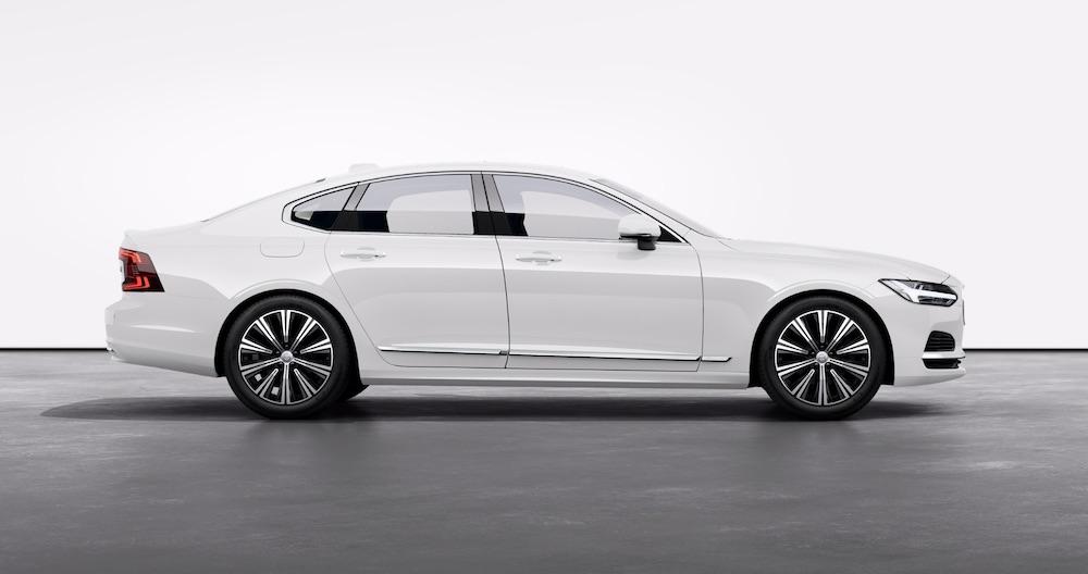 Volvo Electric Car: S90 Recharge Plug-In Hybrid (Inscription) Sedan (credit: Volvo)