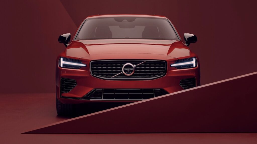 Volvo S60 electric Recharge Plug-In Hybrid