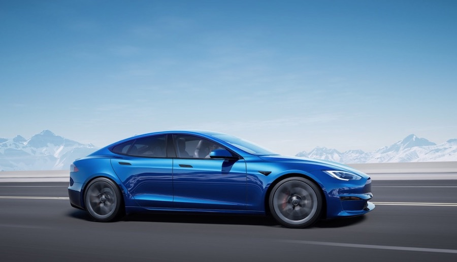 The All-Electric Tesla Model S Saloon