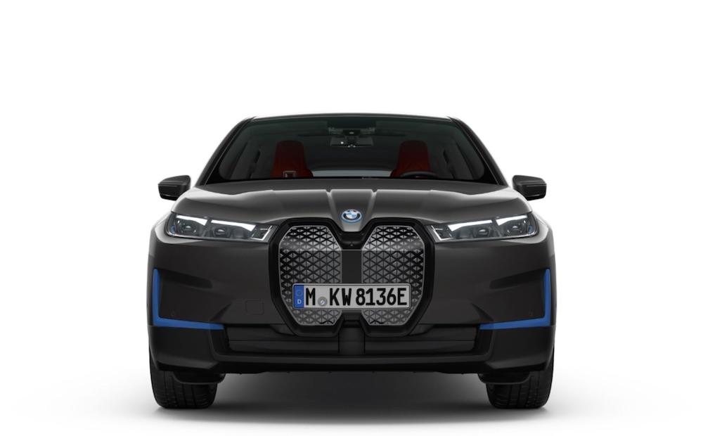 BMW iX SAV elettrico