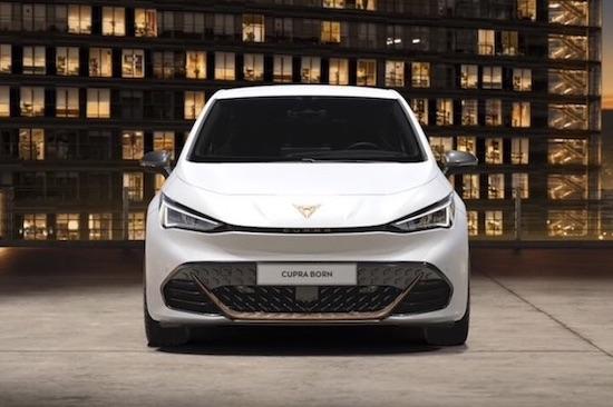 Cupra Born auto elettrica